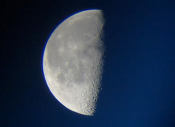 moon201305020511.jpg